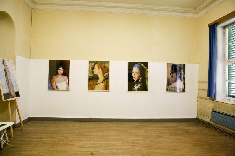"""Kunstfestival Denkmalkunst! Kunstdenkmal! Osterode 2017, Sonja Mehner stellt in diesem Rahmen Ihre Fotoserie """" Starke Frauen im Spiegel der Zeit"""" aus, zu der es auch einen Ausstellungskatalog im Handel zu erhalten gibt."""